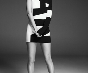 Taylor Swift, black and white, and Swift image