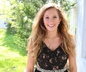 lace, model, and Prom image