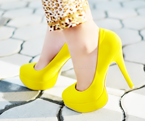 yellow, pretty, and add more tags image