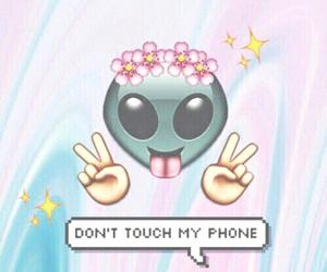 wallpaper, alien, and emoji image