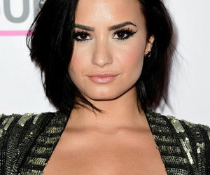 beauty, ❤, and demi image