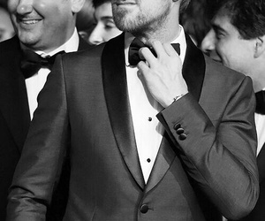ryan gosling, suit, and Hot image