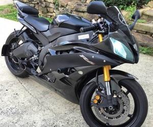 black, motorbikes, and YAMAHA image