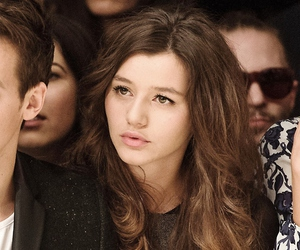 eleanor calder and one direction image