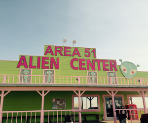 area 51 and alien image