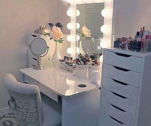 makeup, home, and lights image