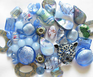 beads and blue beads image