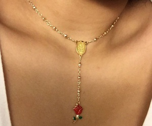 necklace and skin image