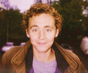 tom hiddleston and young image