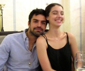 reign, adelaide kane, and sean teale image