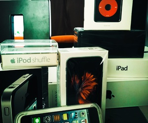 apple, macbook pro, and suffle image