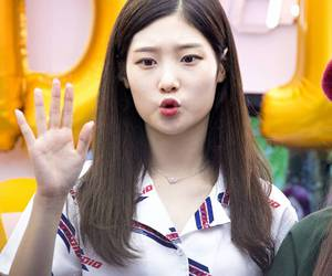DIA, jung chaeyeon, and kpop image