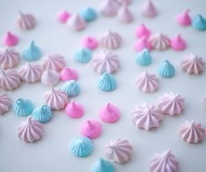 Cake Decorating and meringue image