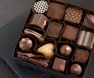 am, beauty, and chocolate image