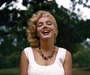 Marilyn Monroe, smile, and beauty image