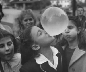vintage, black and white, and bubble gum image
