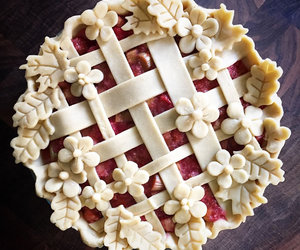 pie and food image