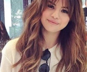 selena gomez and hairstyle image