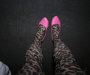 pink, fashion, and leopard image