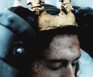 crown and king image