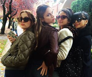 zoey deutch and before i fall image
