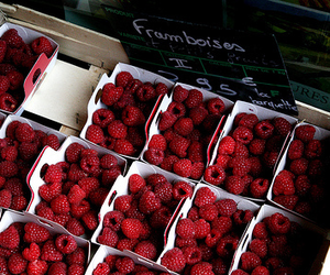red, food, and raspberry image