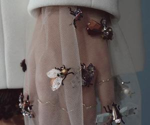 aesthetic, stylé, and bees image