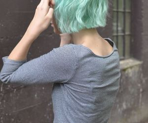 hair, grunge, and short hair image