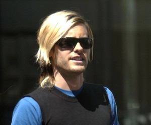 30 seconds to mars, blond hair, and sunglasses image