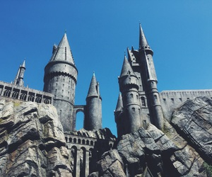 castle, draco malfoy, and harry potter image