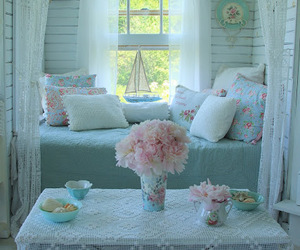blue, home decor, and pastel image