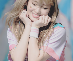 momo, twice, and hirai momo image