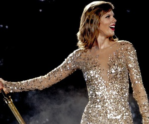 live, taylor, and tour image