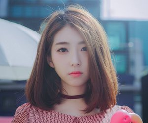 korean, model, and ulzzang girl image