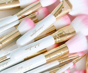 makeup, pink, and white image