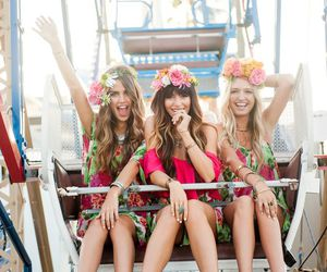 fashion, festival, and flowers image