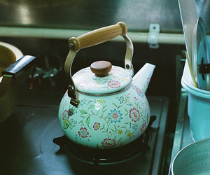tea, vintage, and teapot image