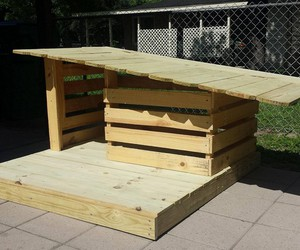 pallet house, pallet dog house, and diy dog house image