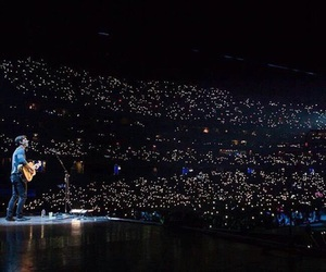 concert, proud, and shawn mendes image