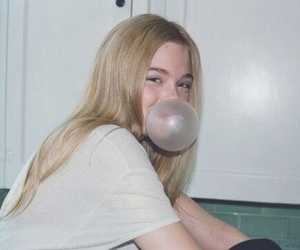 bubble gum, smile, and girl image