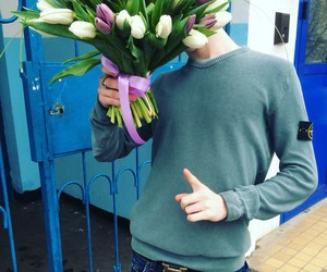 flowers, sweater, and tumblr image