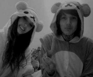 oliver sykes, couple, and oli sykes image