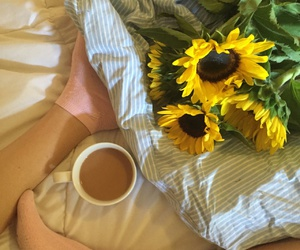 aesthetic, bed, and flowers image