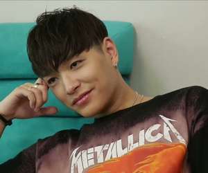 simon dominic image