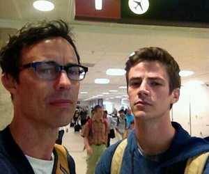 tom cavanagh and grant gustin image