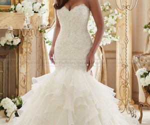 wedding weddingdresses image