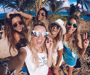 girls, summer, and friendship image