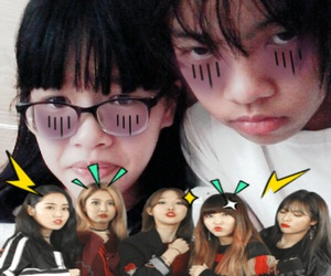 Hot, 4minute, and selfile image