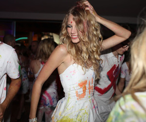 Taylor Swift, party, and blonde image