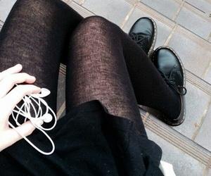black, grunge, and music image
